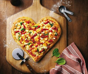 delicious, pizza, and love image