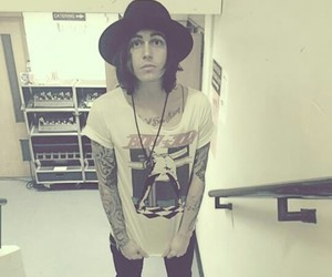 sws, kellin quinn, and sleeping with sirens image