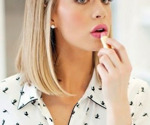 blonde, hair, and long bob image