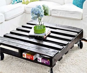 pallet and recycled wood pallets image