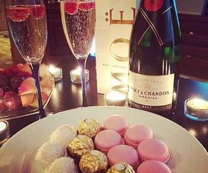classy, luxurious, and sparkling image