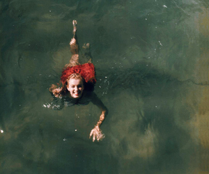 Marilyn Monroe and water image