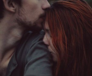 couple, indie, and kiss image