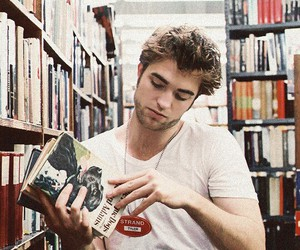 robert pattinson and gif image