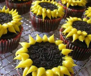 oreo, cupcake, and flowers image