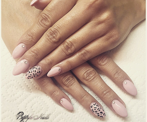 nails, sparklynails, and instanails image