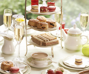 champagne and tea image