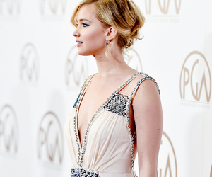 Jennifer, Jennifer Lawrence, and hunger games image