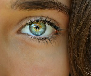 eyes, eye, and green image