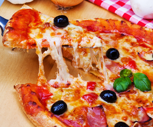 foods, pizza, and pizzas image