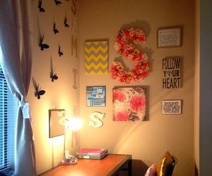 bed, wall, and wall art image