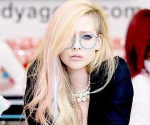 Avril Lavigne, kawaii, and music image