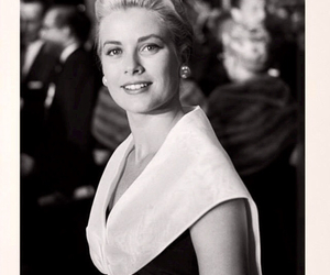 grace kelly and princess image