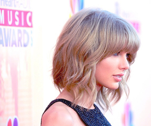 Taylor Swift and red carpet image
