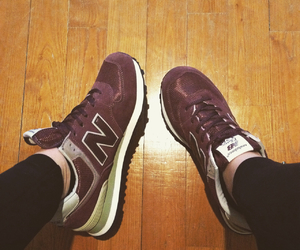 new balance, red, and schuhe image