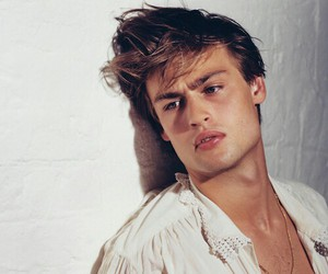 douglas booth, Hot, and boy image