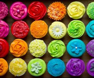 cupcake and colors image