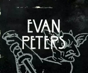 evan peters, ahs, and coven image