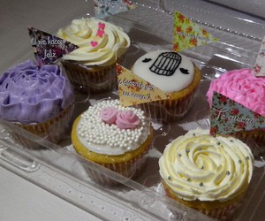 cupcakes, vintange, and cupcake image