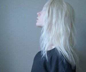 girl, pale, and grunge image