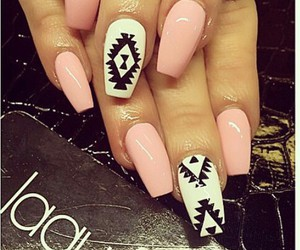 fashion pink nails white