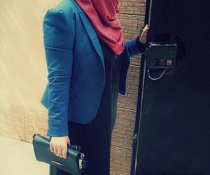 arabic, cool girl, and hijabi image
