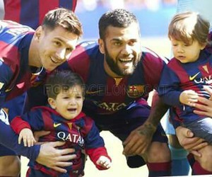 Barcelona, Thiago, and benjamin image