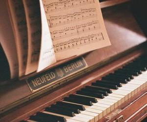 piano, header, and music image