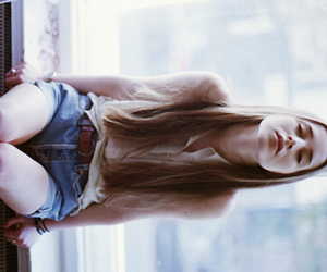girl, indie, and hair image