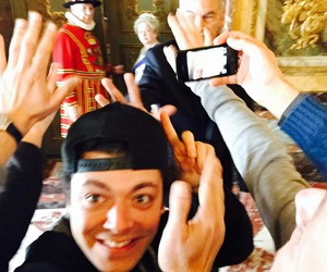 Londres, kevadams, and selfieroyale image
