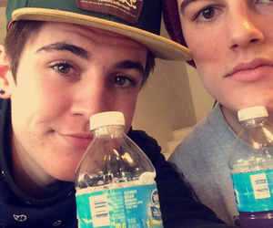 kenny holland and sammy wilk image