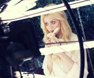 allison harvard, blonde, and model image