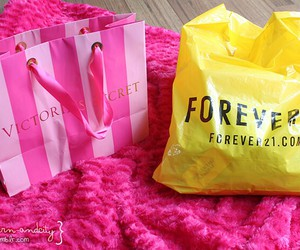 Victoria's Secret, shopping, and forever 21 image