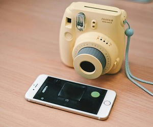camera, dreamy, and gadget image