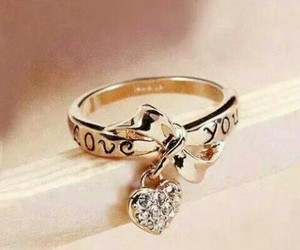 rings love golden image