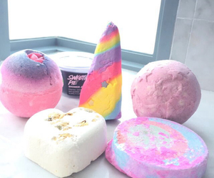 lush, bath, and pink image