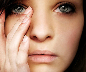 girl, cry, and eyes image