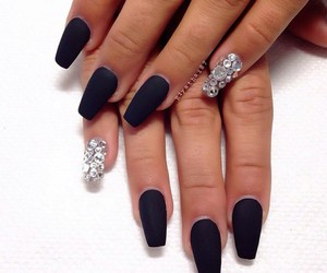 black, nails, and beauty image
