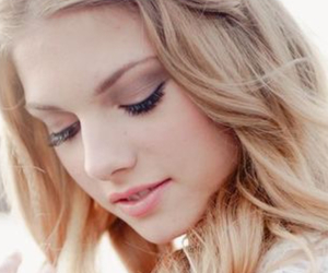 beauty, blonde, and cosmetics image