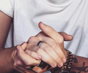 hands, harry, and styles image