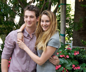 Shailene Woodley and miles teller image