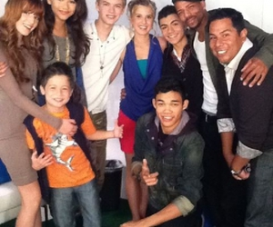 Shake It Up 2011 D23 Expo - (August 21, 2011) - shake-it-up-cast-d23-1 - BELLA-THORNE.US // Photogallery