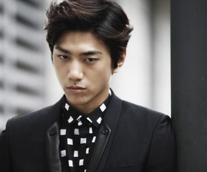 actor and sung joon image