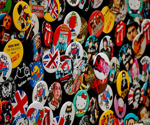 london and buttons image