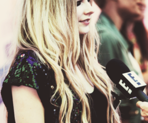 Avril Lavigne, alt + rock, and black image