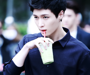 lay, exo, and kpop image