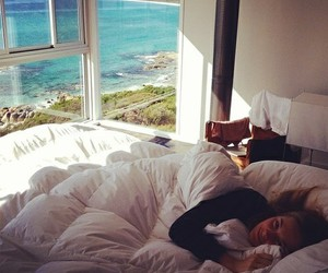 girl, bed, and Dream image