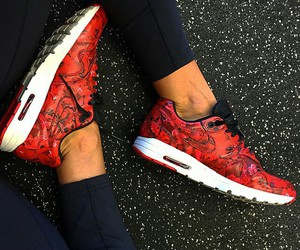 fashion, girls, and running shoes image