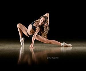 dance dancers image