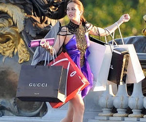 shopping, gossip girl, and blair waldorf image
